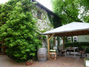 Weinhaus im Hof